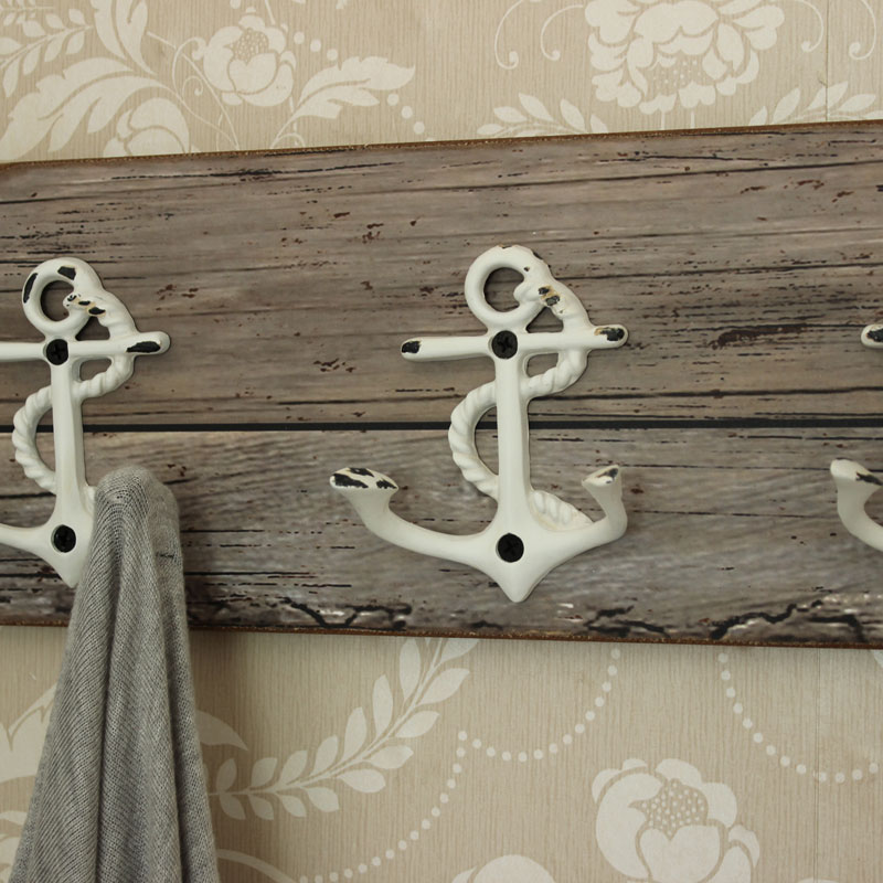 Anchor Hooks Wooden Effect Wall Plaque