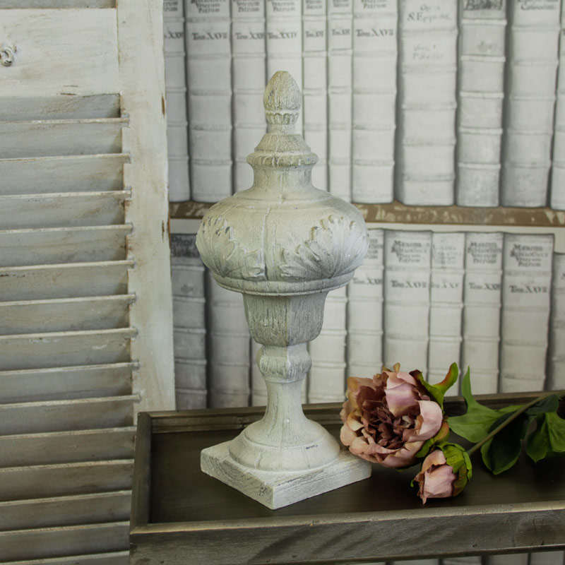 Antique White Table Decoration
