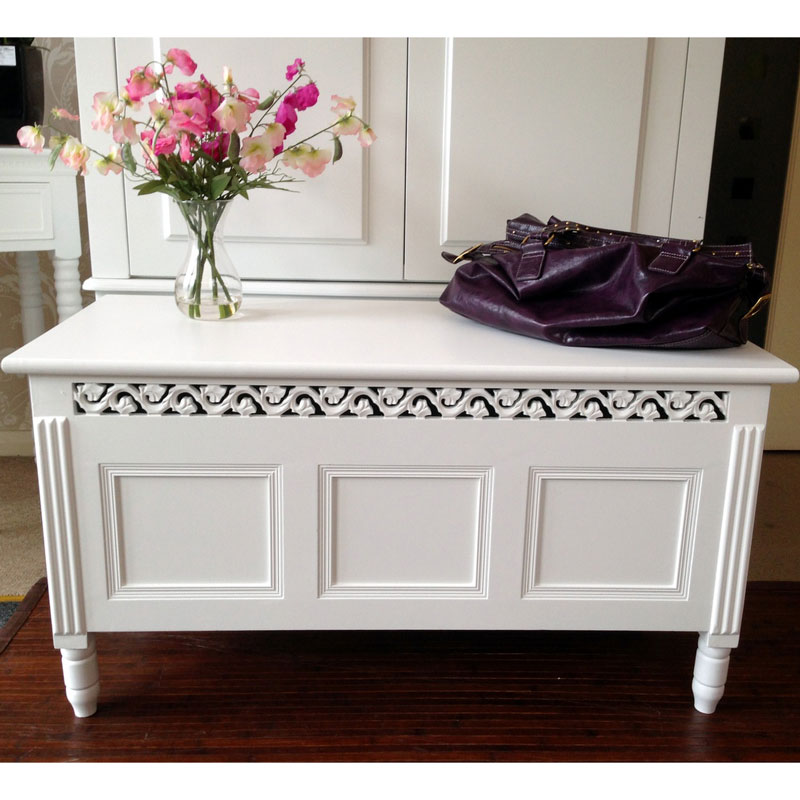 Blanche Range - White Blanket Box