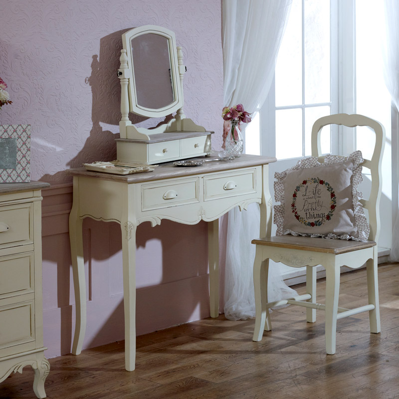 Dressing table mirror melody maison for Range dressing table