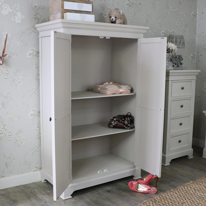 Daventry Range - Wardrobe/Linen closet