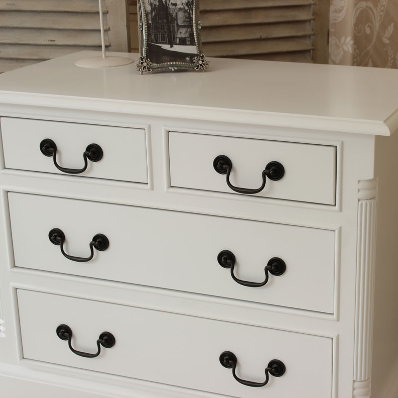 Georgiano Range - White 4 Drawer Chest of Drawwers