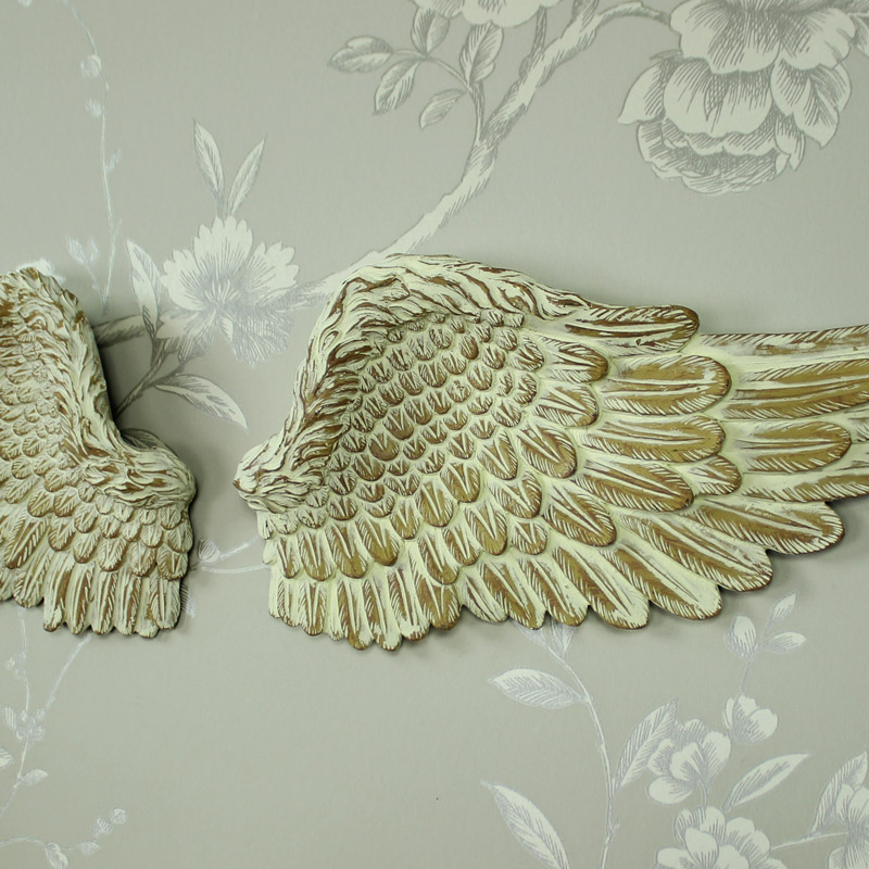 Cream resin wall art hanging angel wings shabby vintge for Angel wings wall decoration uk