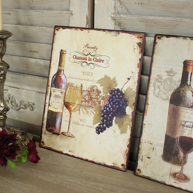 Set of 2 Metal Vintage Wine Plaques
