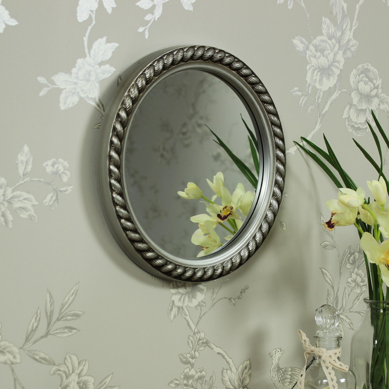 round silver wall mirror rope effect shabby vintage chic nautical bathroom gift ebay. Black Bedroom Furniture Sets. Home Design Ideas