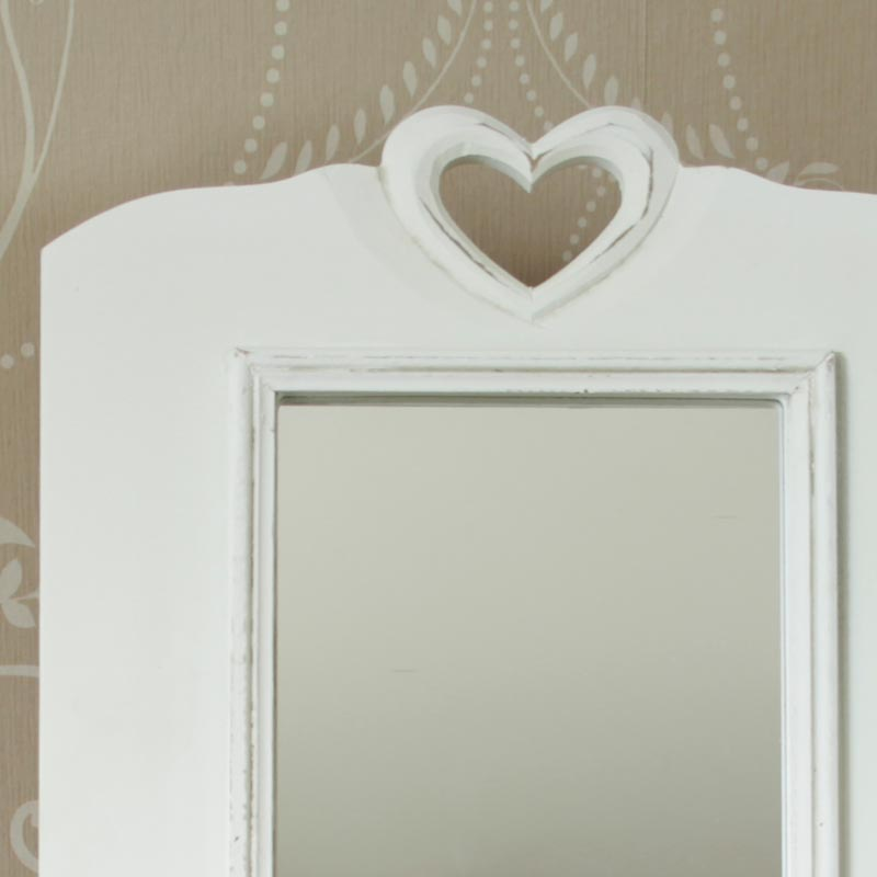 Table Top White Heart Mirror Melody Maison