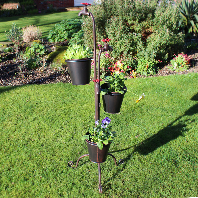 Tall metal tap triple garden planter with plant pots for Plante a planter