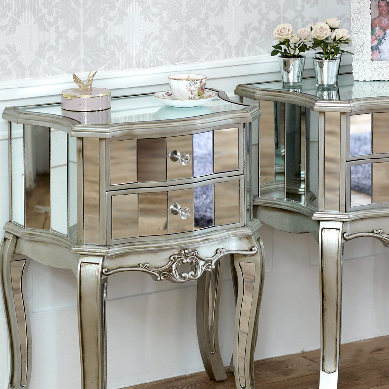 Pair Mirrored Venetian Bedside Cabinet Lamp Table Bedroom