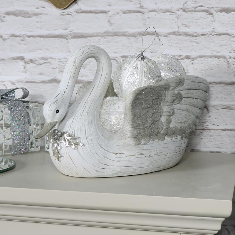 Large Cream Christmas Swan Bowl Melody Maison 174