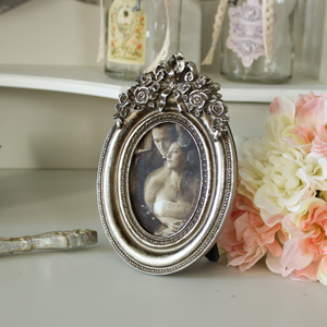 Antique Effect Silver Ornate Oval Photograph Frame