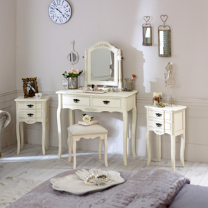 Belgravia Range - Furniture Bundle, Cream Dressing Table, Mirror, Stool and 2 Bedside Tables