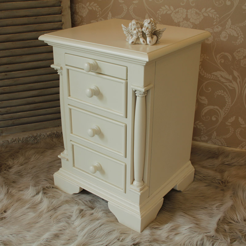 Canterbury Range - Cream 3 Drawer Chest