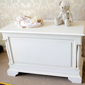 Canterbury Range - Cream Wooden Blanket Storage box