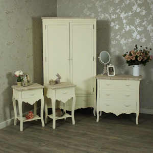 Cream Bedroom Furniture, 3 Drawer Chest of Drawers, Double Wardrobe & 2 Bedside Lamp Tables