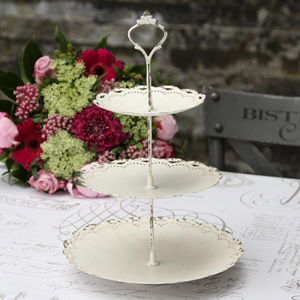 Cream Lace Effect Cake stand