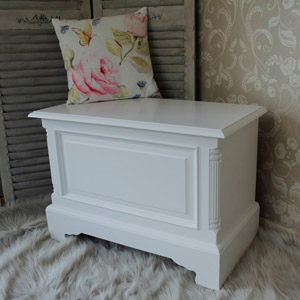 Georgiano Range - White Blanket Box