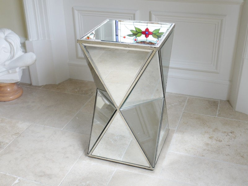 Mirrored Classique - Table Stand