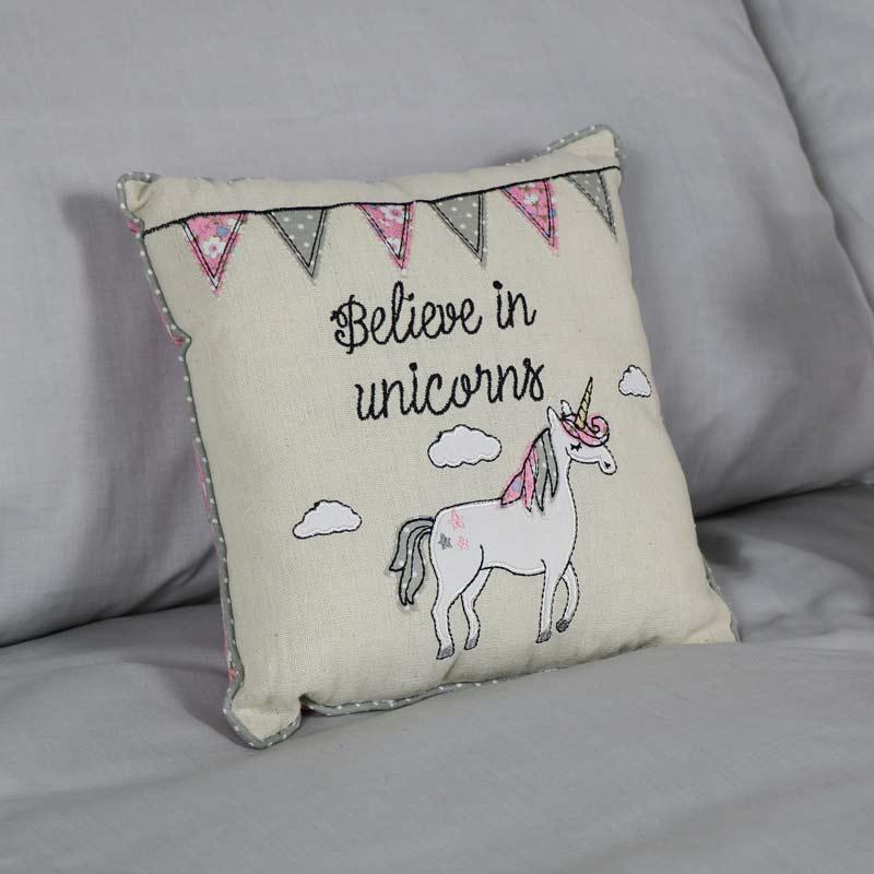 Pretty Little Cushion 'Believe in Unicorns'