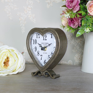 Rustic Heart Mantel Clock