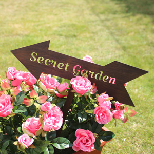 'Secret Garden' Metal Garden Sign