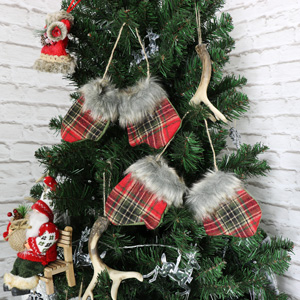 Set of 2 Pairs of Tartan Mittens Christmas Tree Decorations