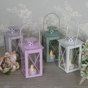 Set of 4 Pretty LED candle Lanterns