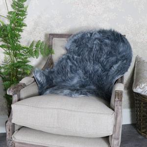 Single Pelt Grey Faux Fur Rug 90cm x 60cm