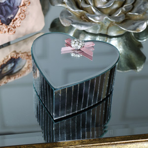 Small Heart Shaped Mirrored Trinket Box