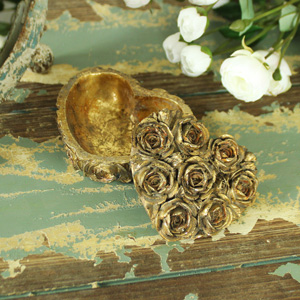 Small Ornate Gold Rose Love Heart Trinket Box