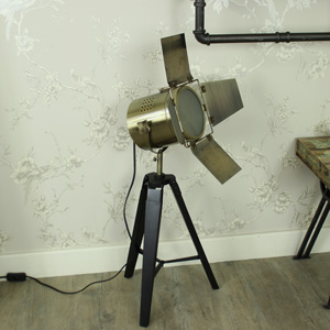Small Tripod Film Light
