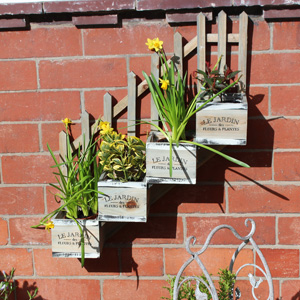 Wall Mounted Wooden Stepped 4 Plant Pot Planter