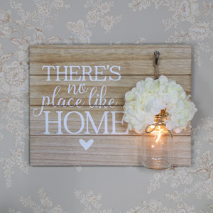 "Wooden Wall Plaque ""There's No Place Like Home"""