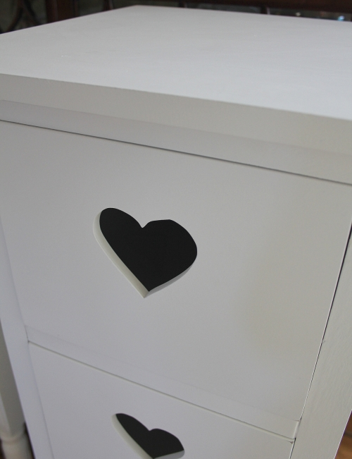 White heart 4 drawer tall boy shabby chest of drawers - White heart bedroom furniture ...