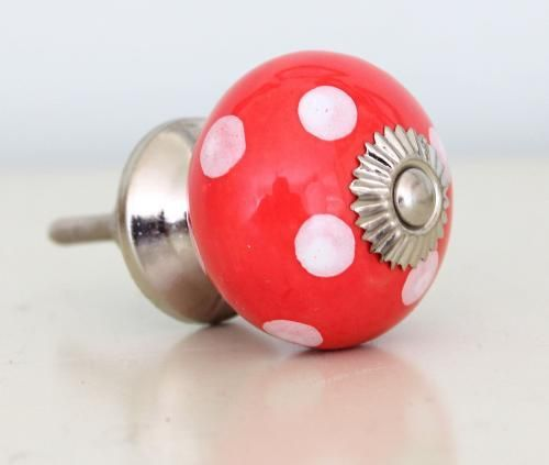 Red and White Spotted Knob