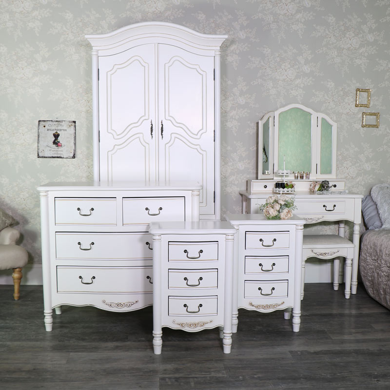 Cream Bedroom Furniture Set, Double Wardrobe, Chest of Drawers, Pair of  Bedside Chest ... - Antique Cream Bedroom Furniture Set, Double Wardrobe, Chest Of