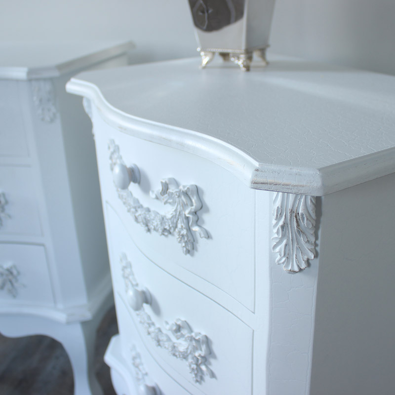 Antique white double wardrobe dressing table set and pair