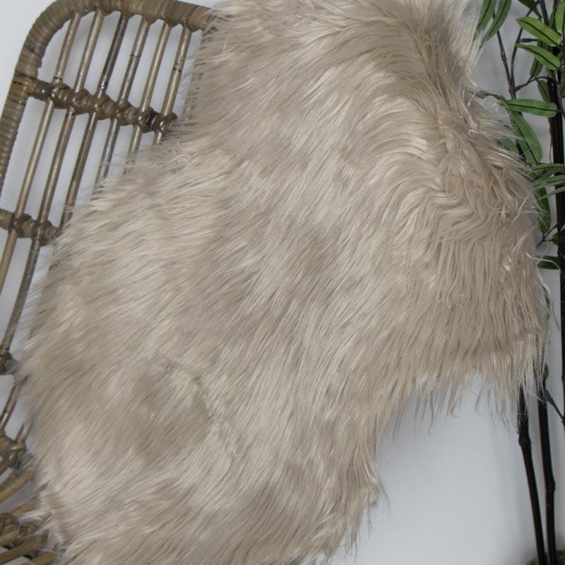 Beige Single Pelt Faux Fur Rug 38cm x 55cm