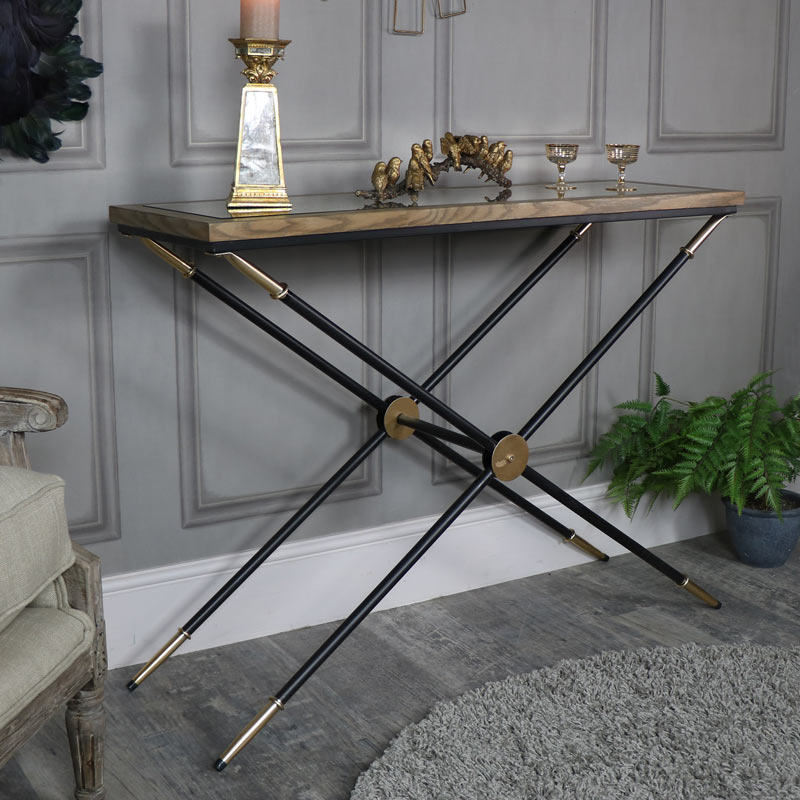 Black and gold mirrored console hall table melody maison for Black and mirrored console table