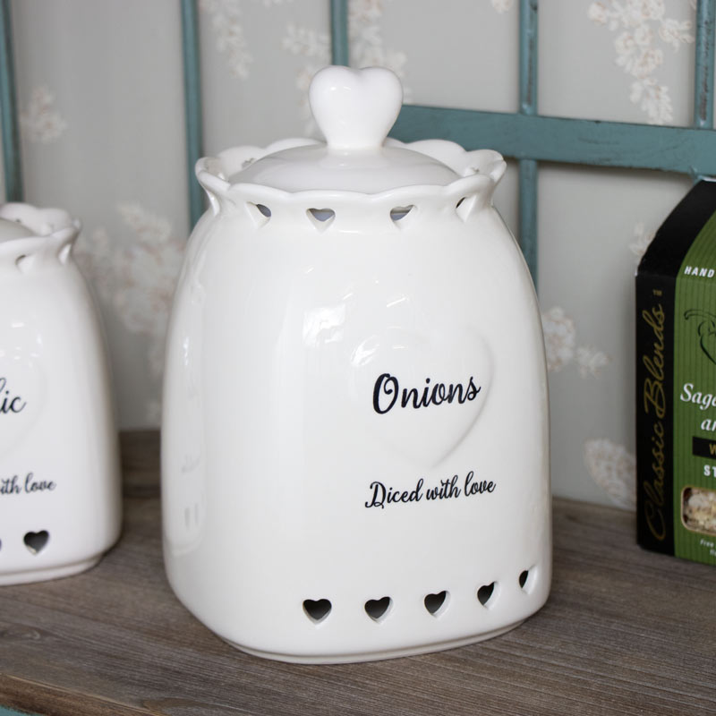 Country Heart Onion Storage Jar
