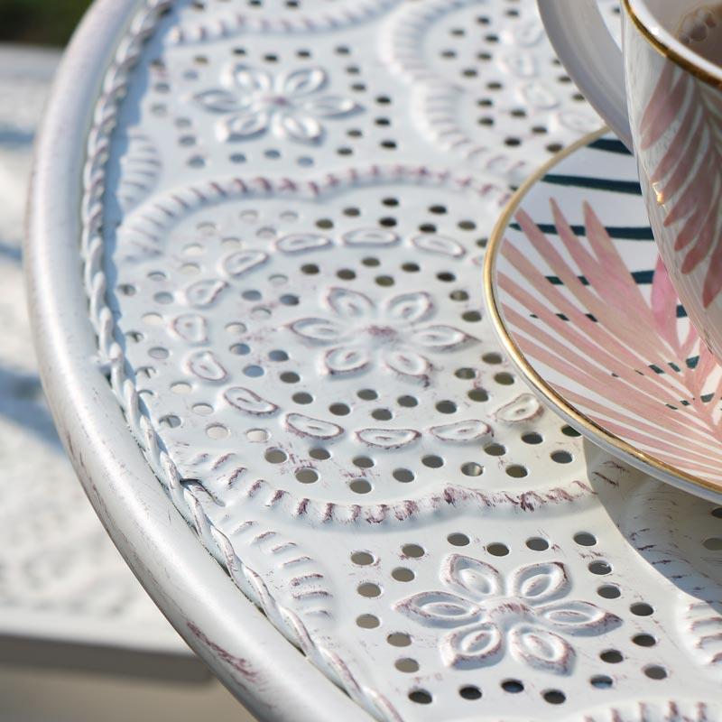 Cream Garden Table & Chairs Outdoor Furniture set