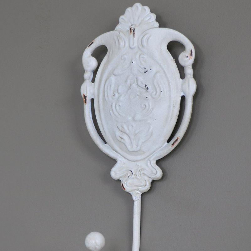 Cream metal wall mounted hook shabby vintage chic ornate for Shabby chic rhinestone shower hooks