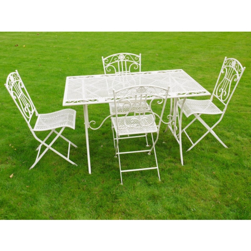 Cream Rectangle Table And Chairs Bistro Set Melody Maison - Rectangle table with 4 chairs