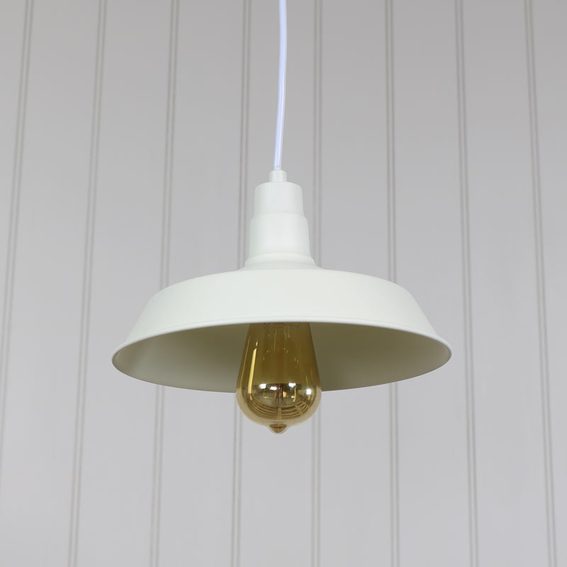 Cream Vintage Industrial Barn Style Pendant Light Fitting
