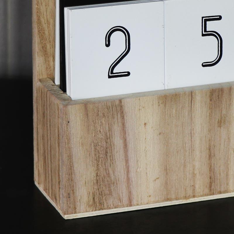 Desktop Perpetual Calendar