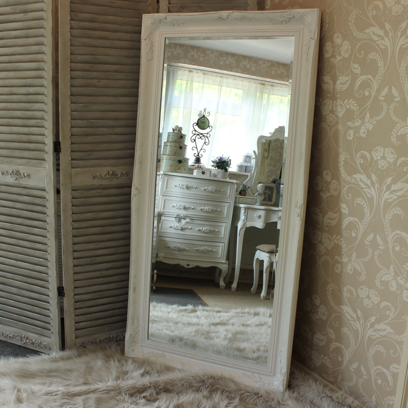 Extra large white ornate mirror melody maison for Grand miroir blanc baroque