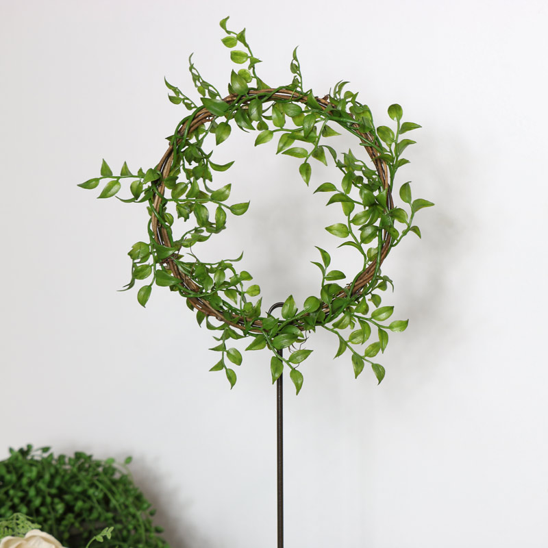 Free Standing Ring Table Name /Number Stand With Faux Leaves