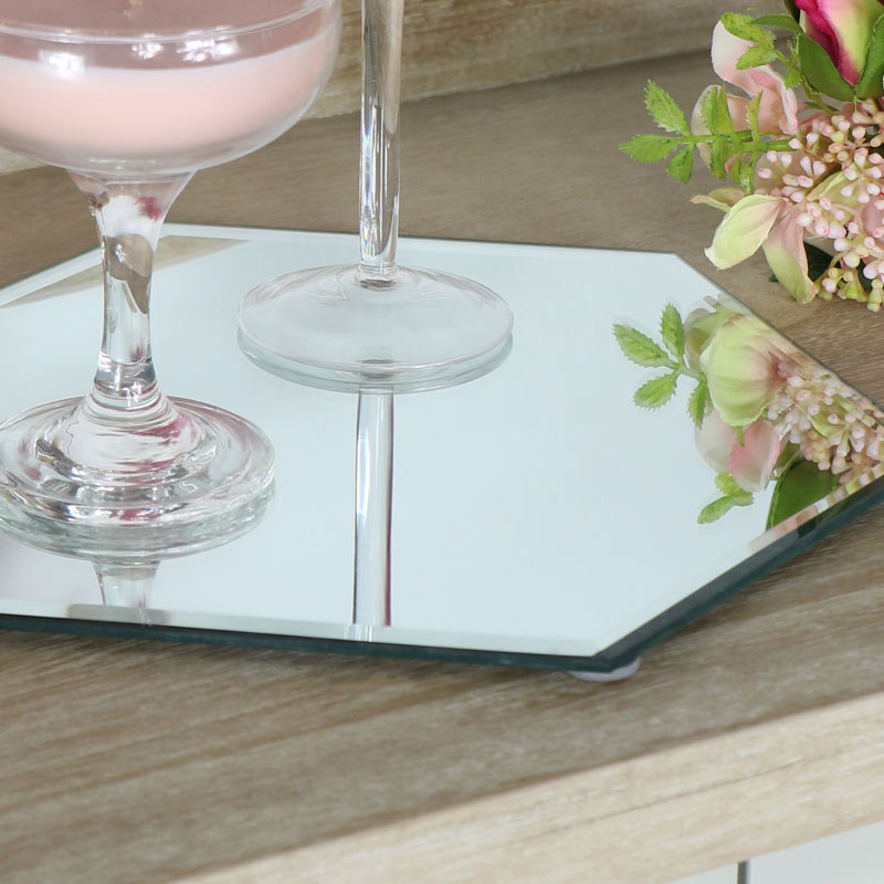 Hexagonal mirrored table candle plate