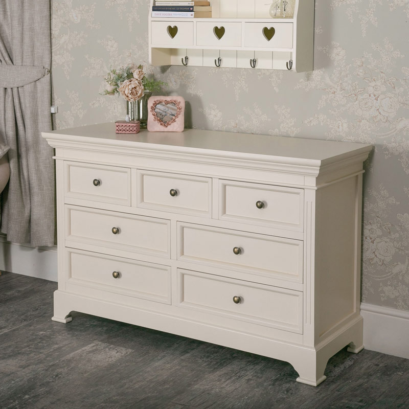 buy online bbac0 f49fc Large Cream Chest of Drawers - Daventry Cream Range