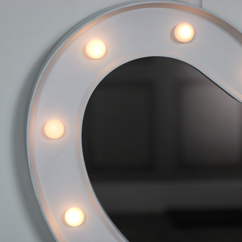 Large white heart led light up wall mirror melody maison for Large white mirror