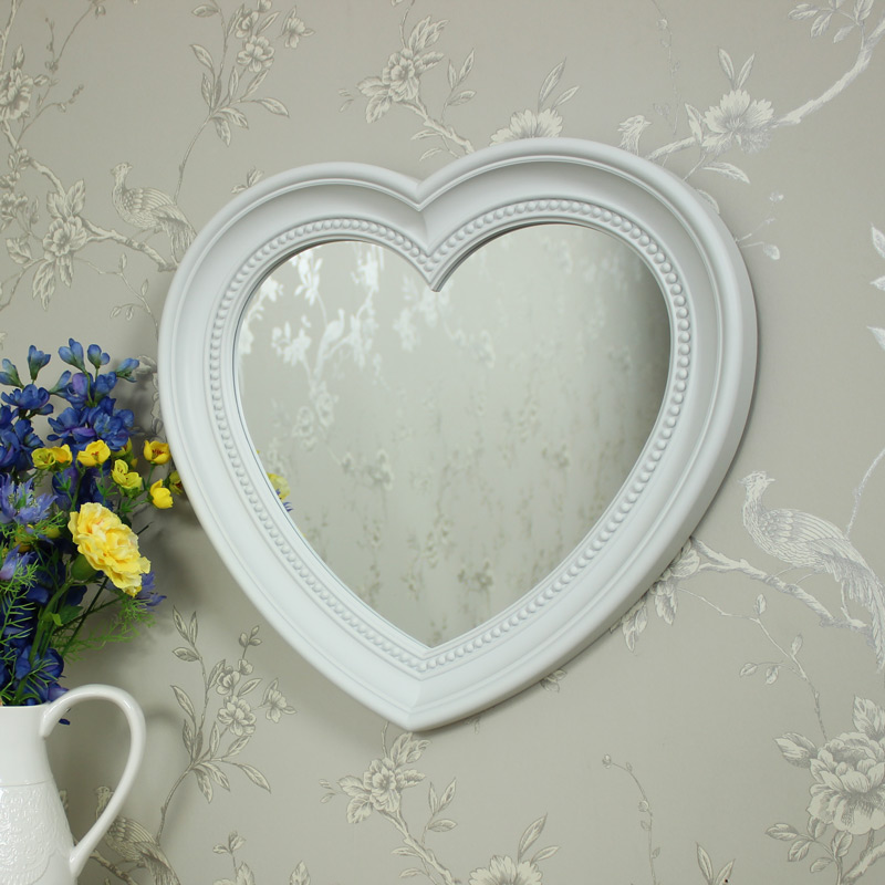 Large white heart wall mirror melody maison for Big white wall mirror